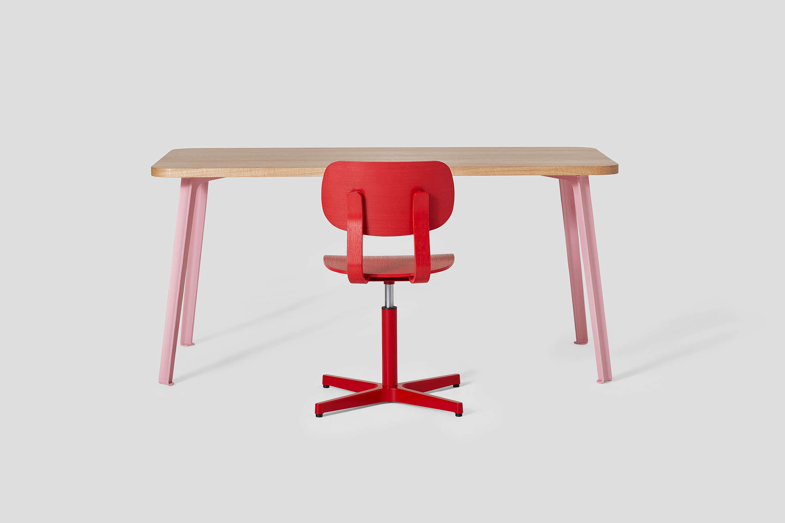 10 Easy Pieces: Modern Desk Chairs Without Wheels