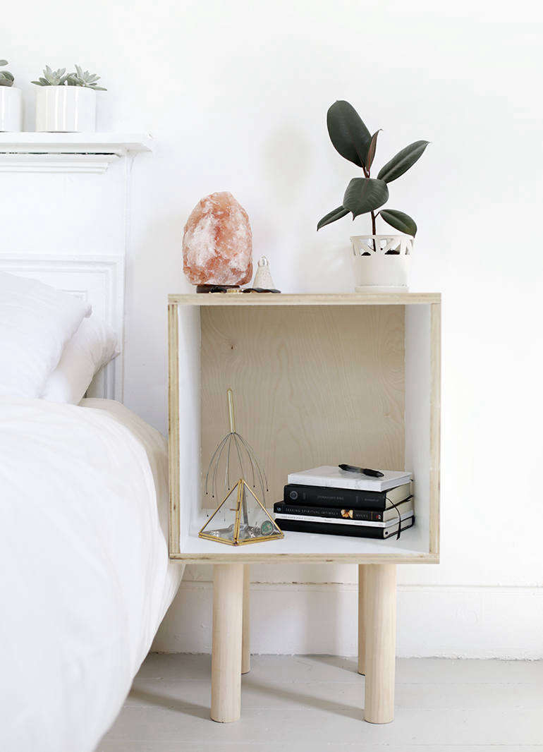 diy side table diy wood via the merry thought 1 770x1066