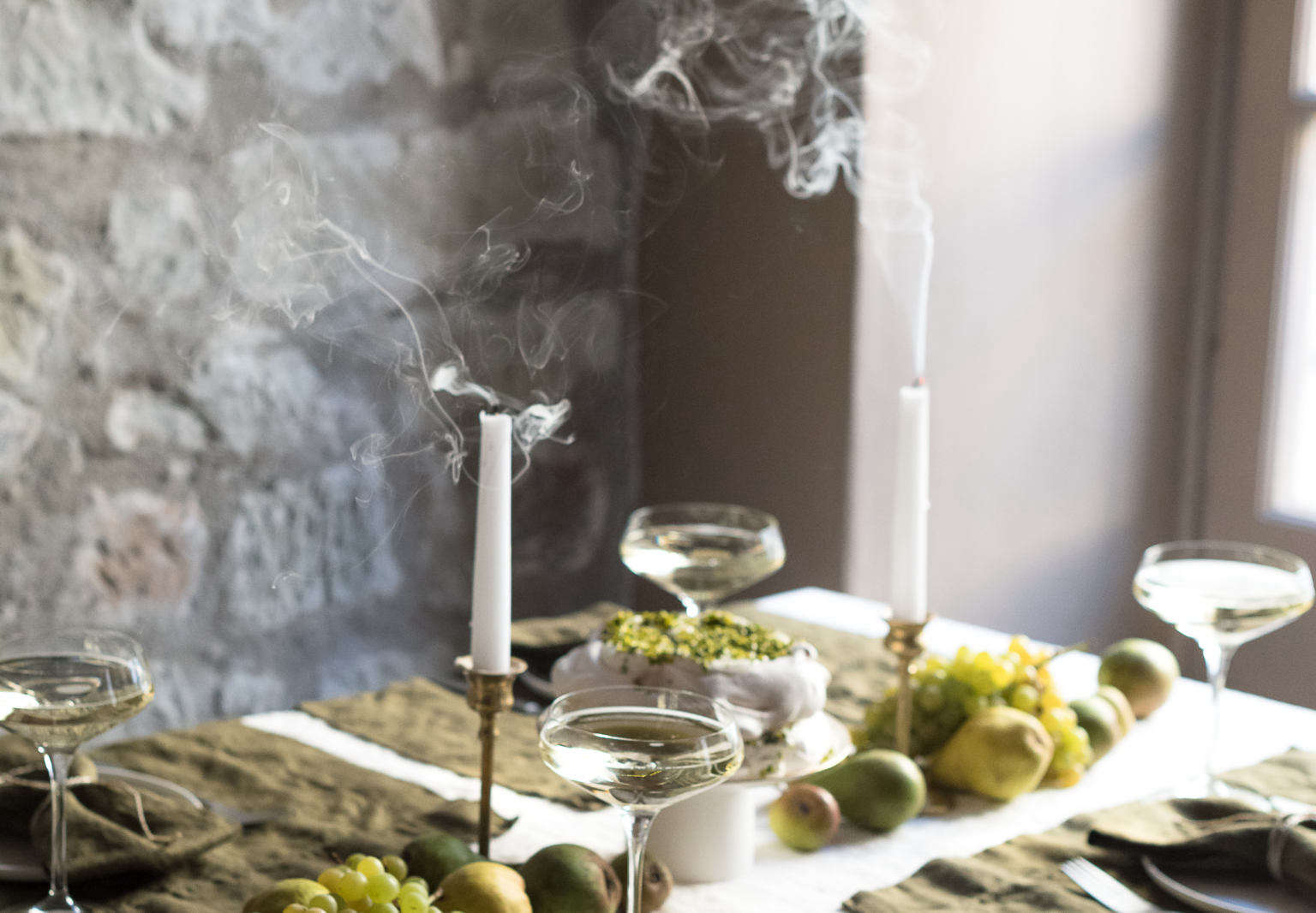 rough linen olive holiday table