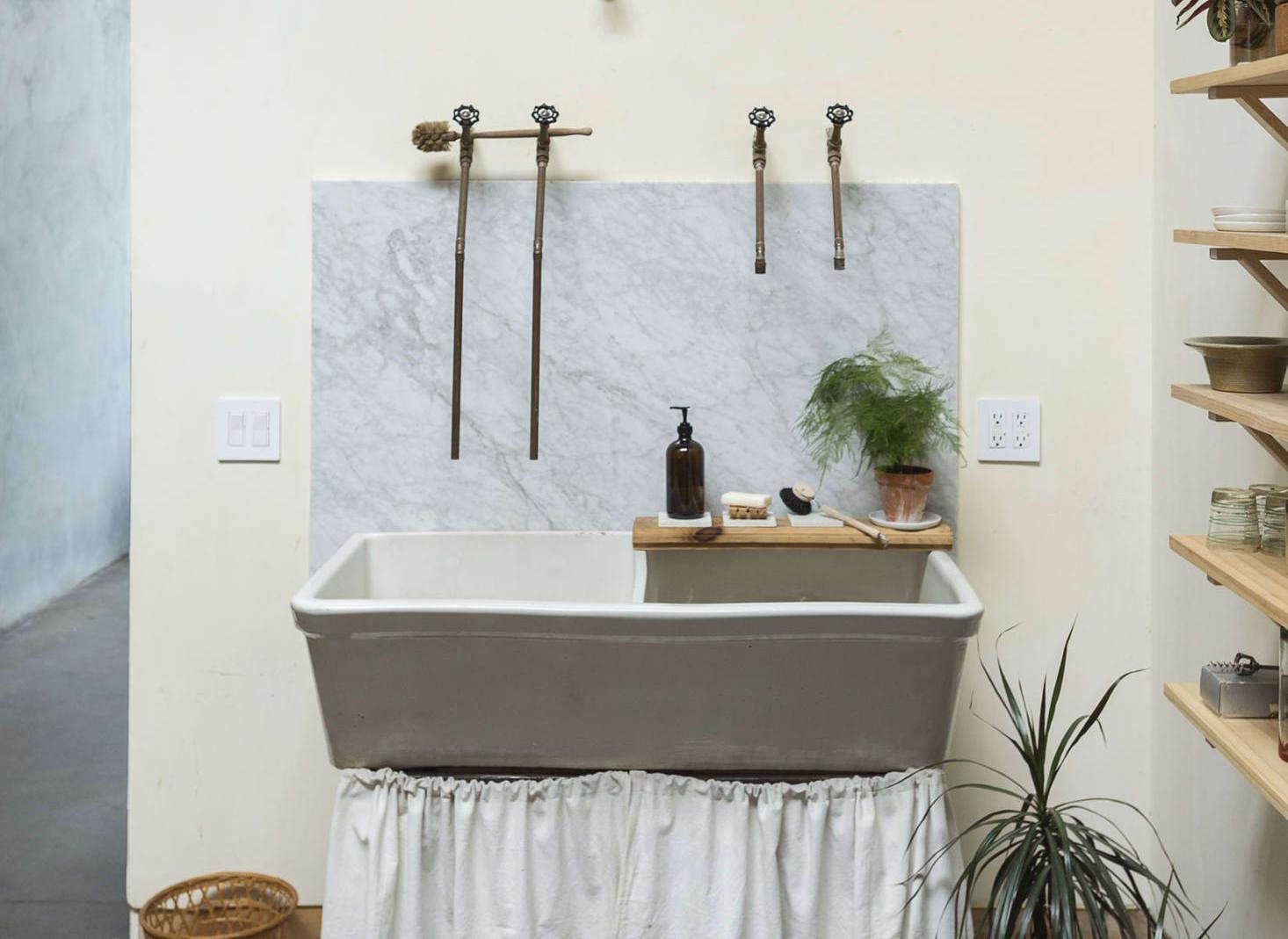 Sink Skirt Revival 16 Fresh Examples, Bathroom Sink Skirts