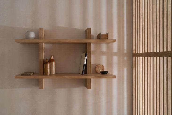 Porteous Studio bedroom shelf, Edinburgh, Izat Arundell design. Zac & Zac photo.