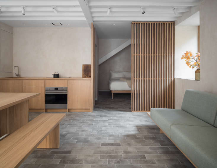 Porteous Studio vacation rental Edinburgh, Izat Arundell design. Zac & Zac photo.