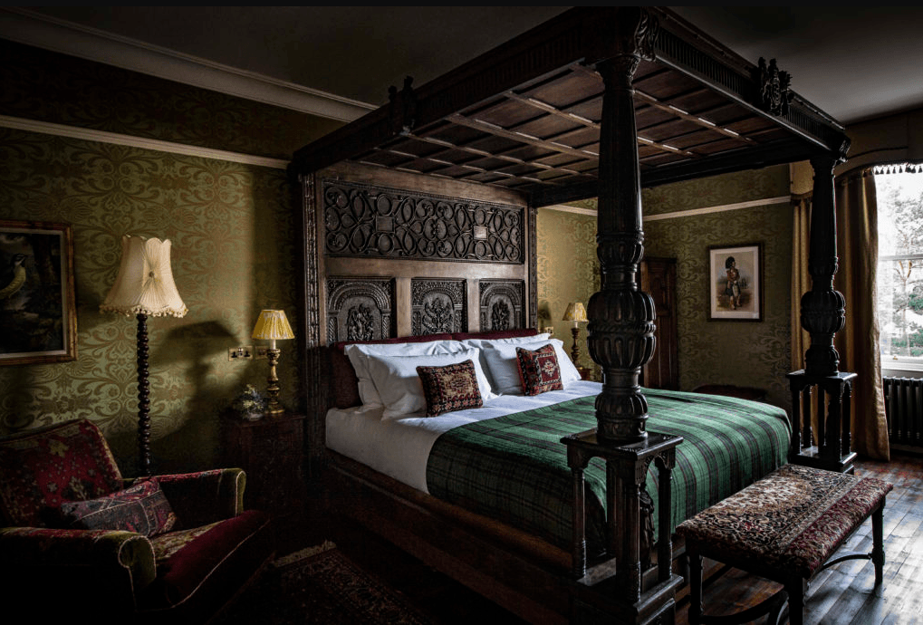 the fife arms braemar scotland royal suite 2