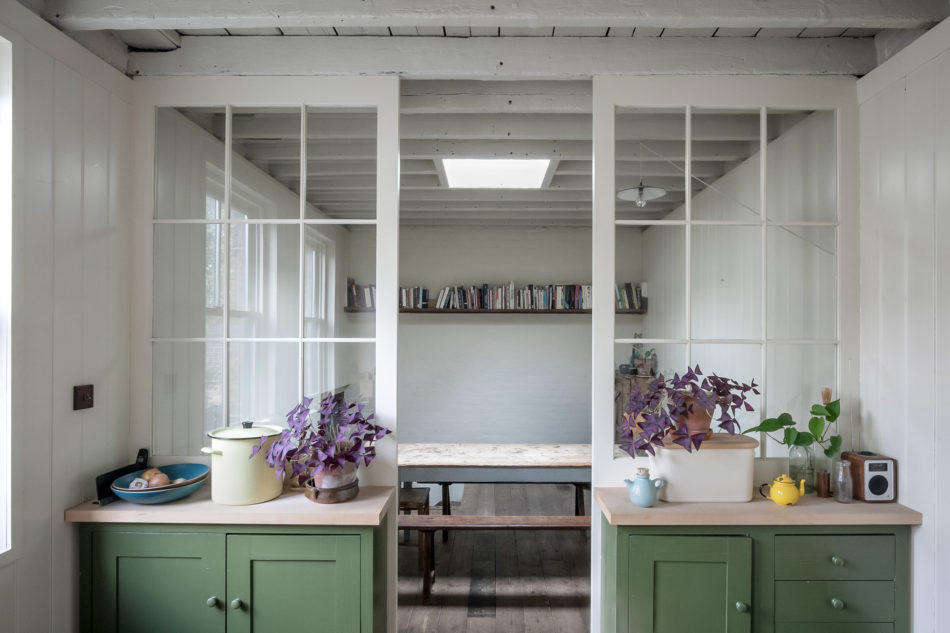 Subtle Colors in a Former Victorian Carriage House in Hackney