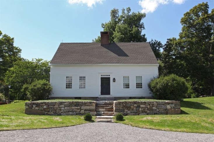 The 1790 Georgian Cape house, built byCaptain John Bradley, a Revolutionary War veteran, is set on almost seven acres of lush land.