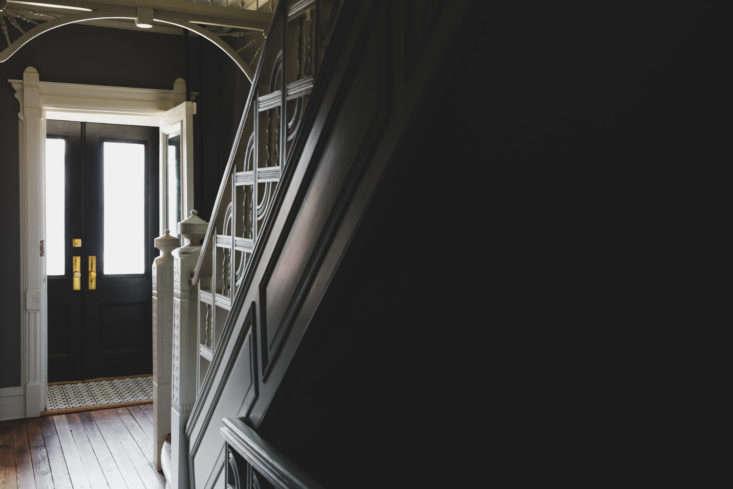 Shapeless Studio architect Andrea Fisk townhouse period stair, Brooklyn. Hagan Hinshaw photo.
