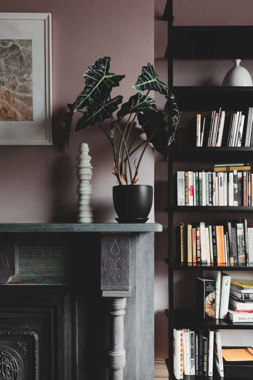 Shapeless Studio architect Andrea Fisk townhouse living room, Brooklyn. Hagan Hinshaw photo.