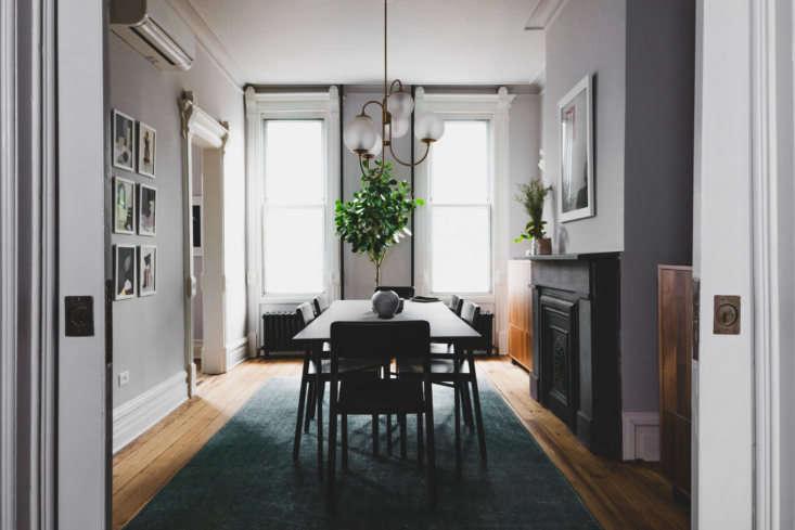 Shapeless Studio architect Andrea Fisk townhouse dining room, Brooklyn. Hagan Hinshaw photo.