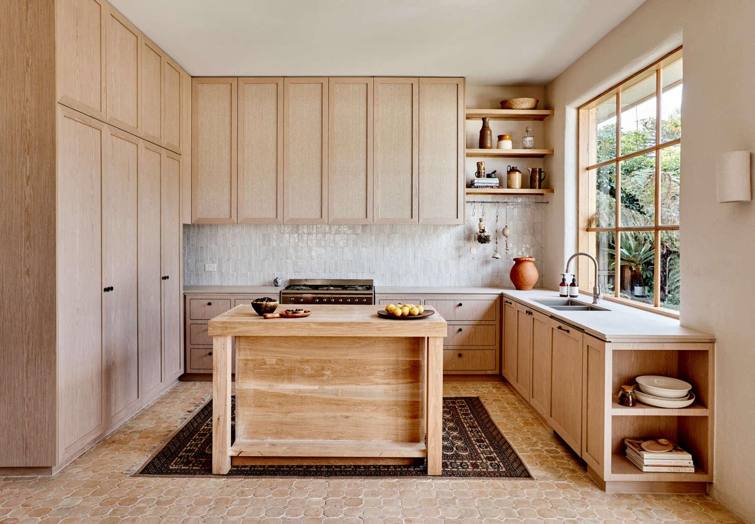 studio ezra wood kitchen melbourne amelia stanwix photo 1