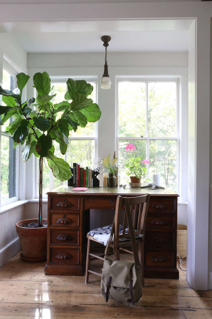Desk alcove, upstate NY historic house remodel by Amanda Pays. Rebecca Westby photo