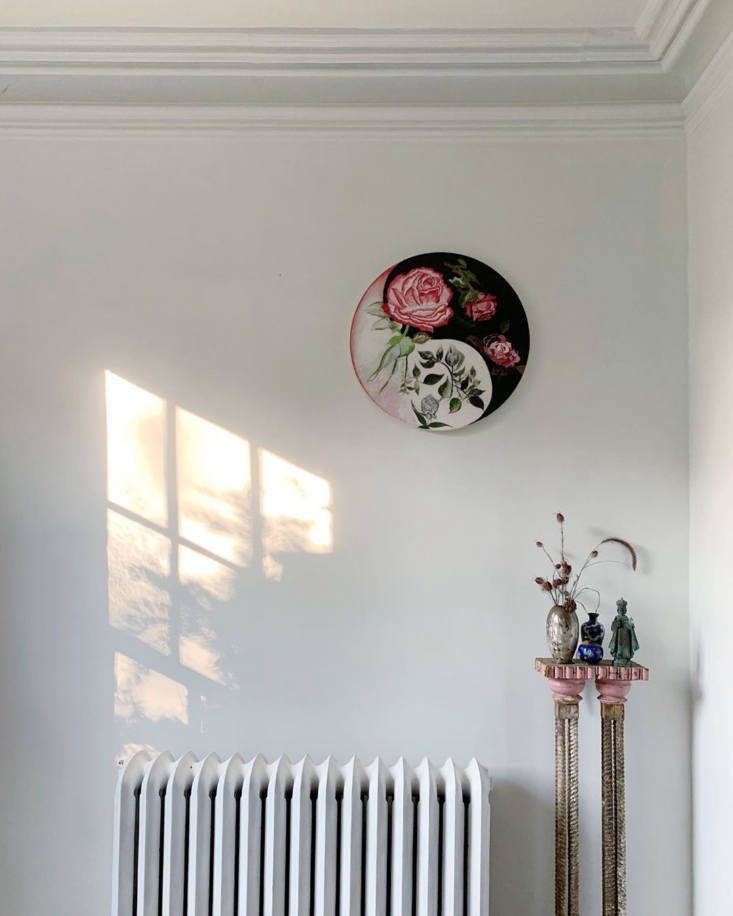 Amy Ilias of the Lavender Ghost, Living Room