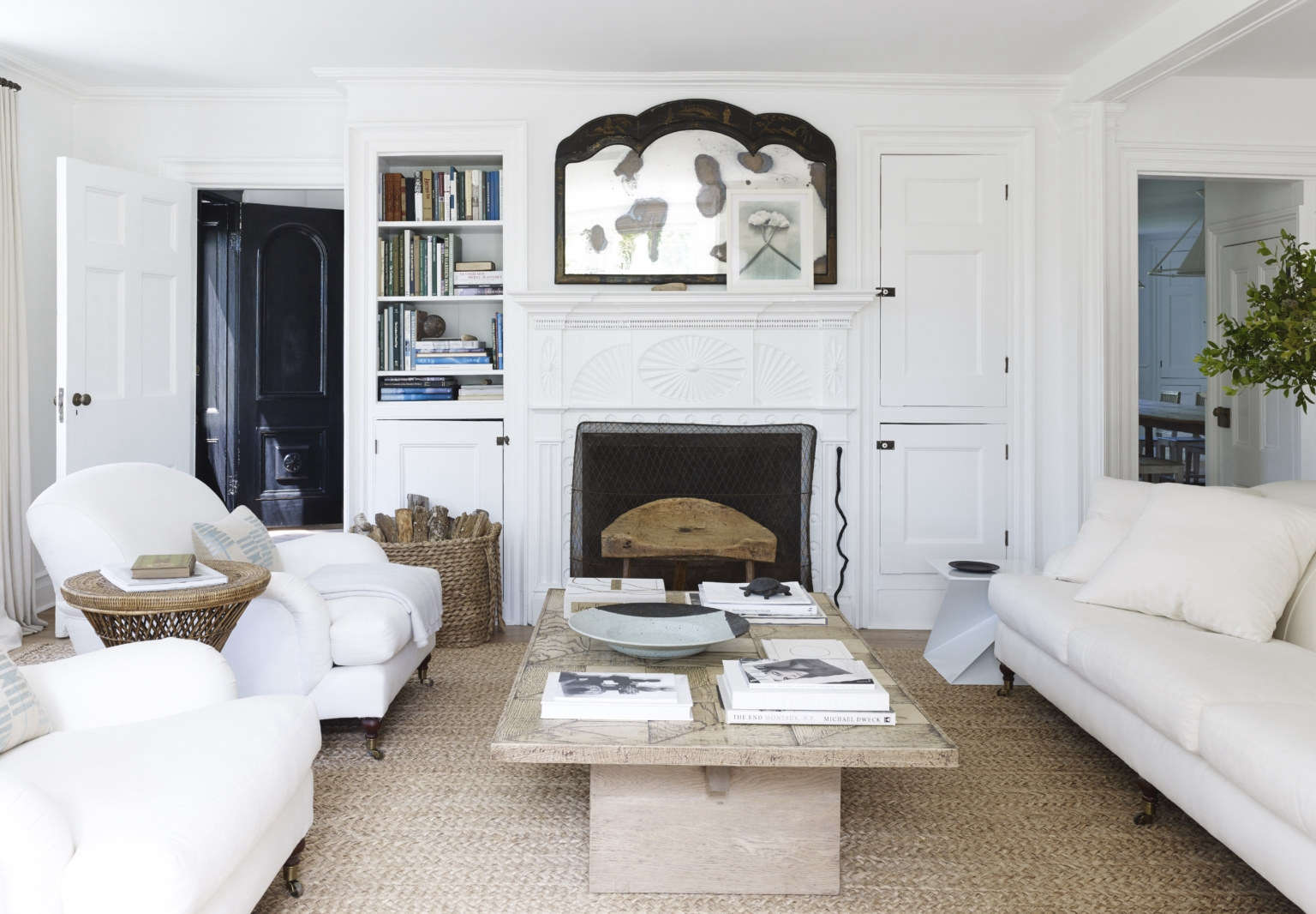 mona nerenberg lisa bynon hamptons house mark cunningham interior design 3