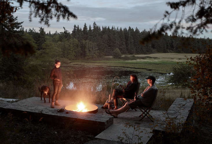 mwworks' Whidbey Island Farmhouse, Outdoor Fire Pit