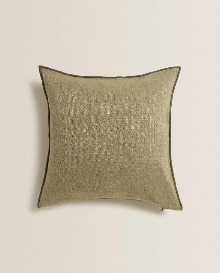 Linen Throw Pillow from Zara Home