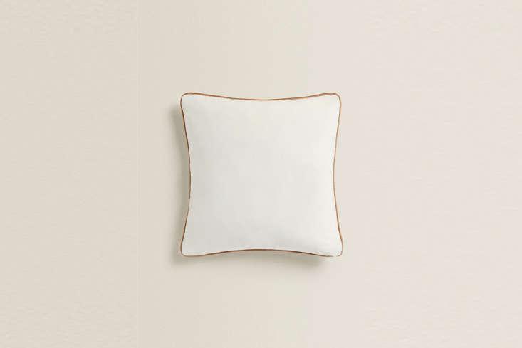 Velvet Throw Pillow from Zara Home