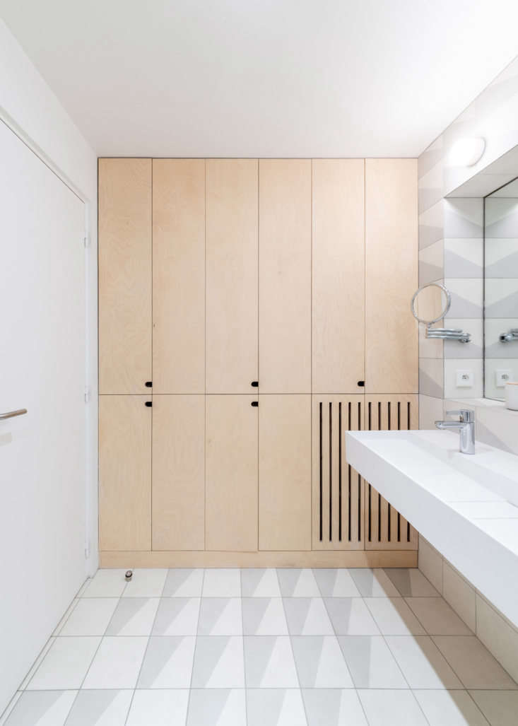 Sacha Apartment by Sabo Project in Paris, Bathroom