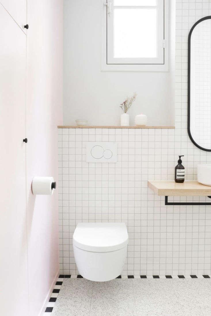 Clean-lined bathroom remodel, Paris, Heju Studio architecture.
