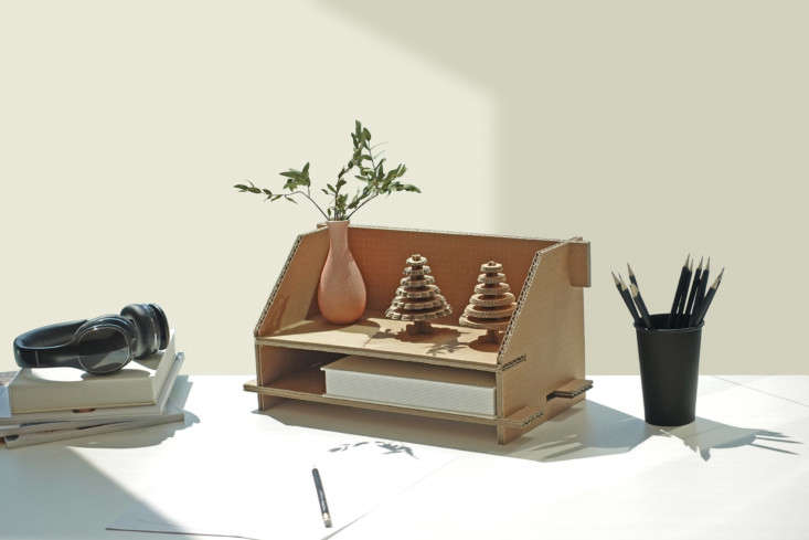 DIY cardboard desk organizer from Samsung eco packaging: design via Dezeen's Out of the Box competition.
