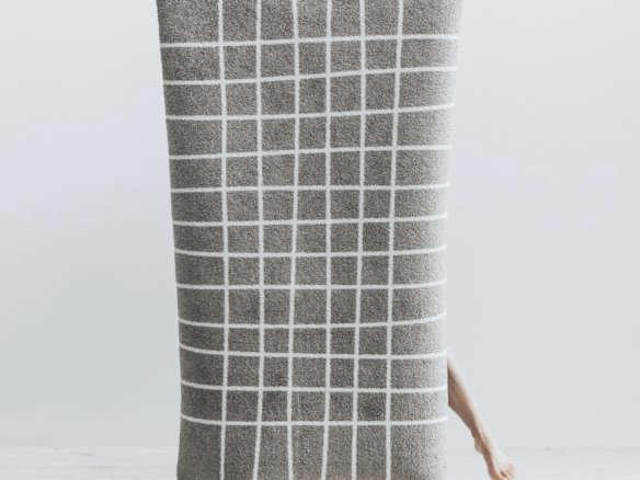 hand travertine doormat 18