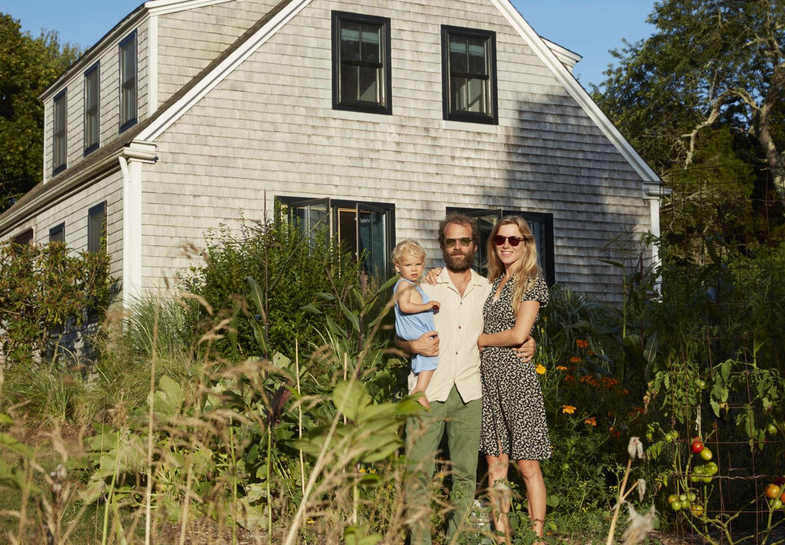 south county house exterior nick ventura sean spellman family 1536x1066