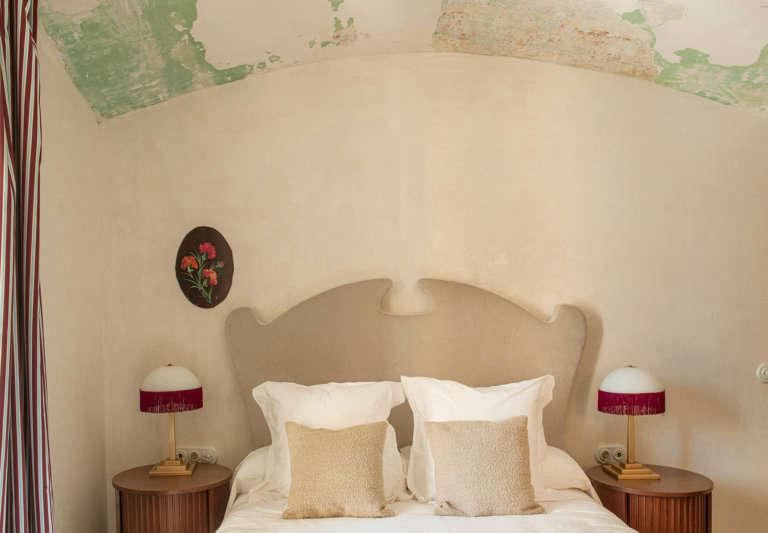 shaped headboard la bionda hotel begur spain quintana partners design
