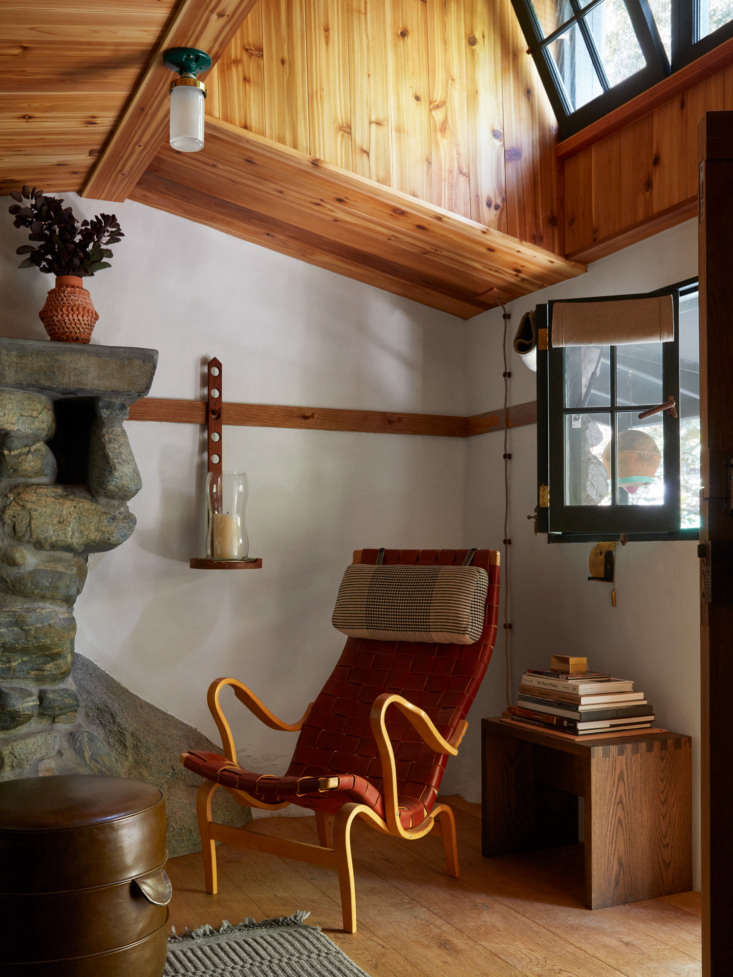 Both the knotty cedar ceiling and the reclaimed oak floors are new, as are all the windows. &#8