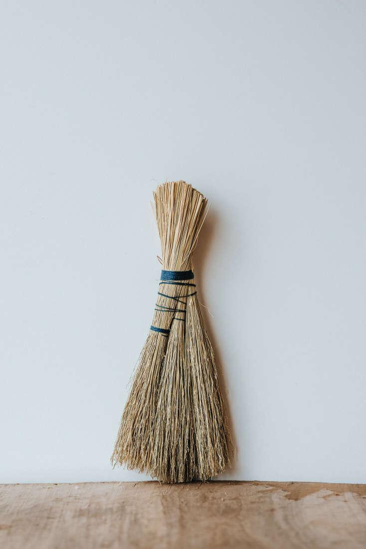 Wilder Broom by Sunhouse Craft
