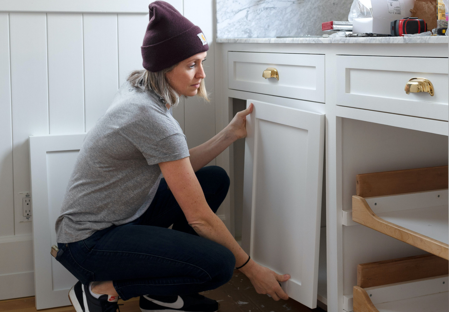 how to paint kitchen cabinets via the grit and polish hero 2