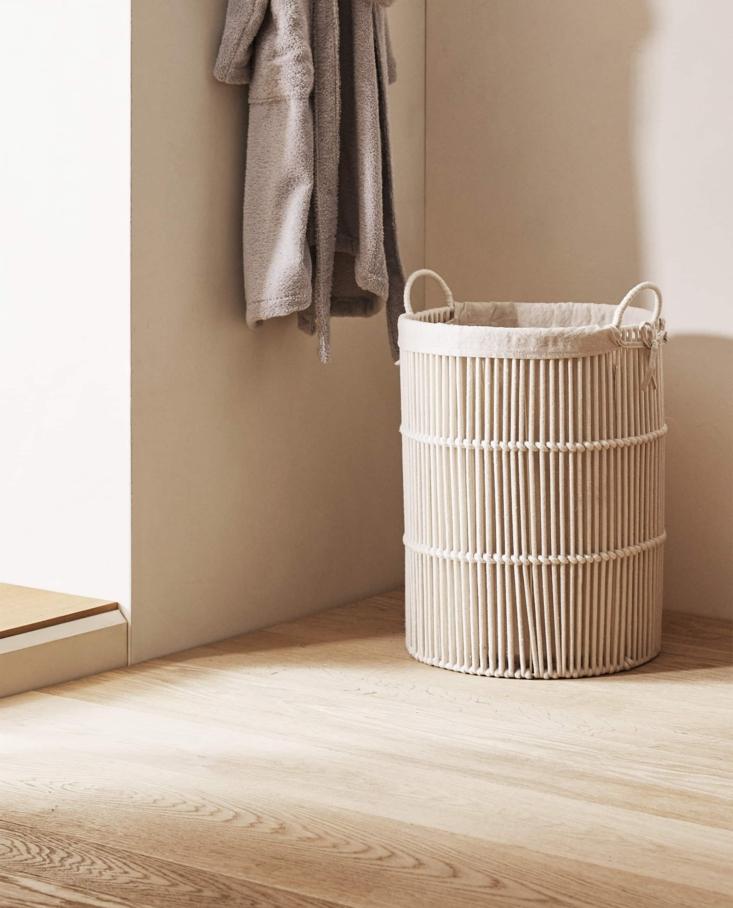 Round Fabric Lined Laundry Basket