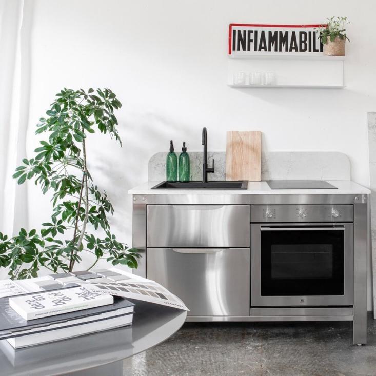 very simple kitchen metal