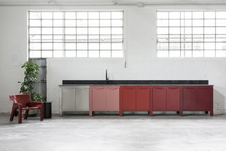 Kitchen of the Week Modular Culinary Workspaces from Very Simple Kitchen in Bologna Italy portrait 3_23