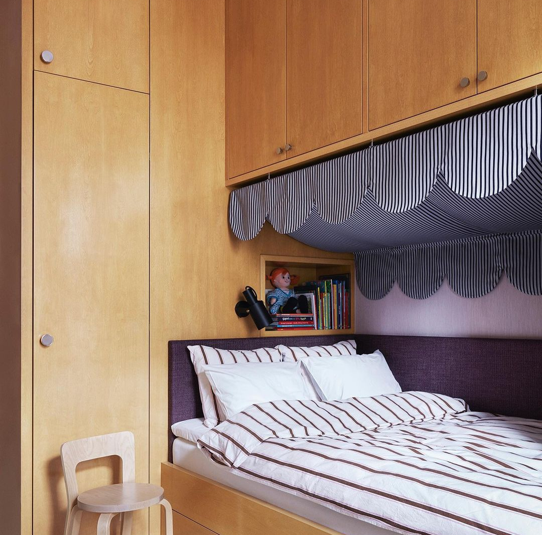 built in kids bed with scalloping daniel ostman interiors