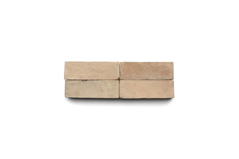 similar to the morrocan tiled backsplash in the kitchen, clé&#8\2\17;s nat 12