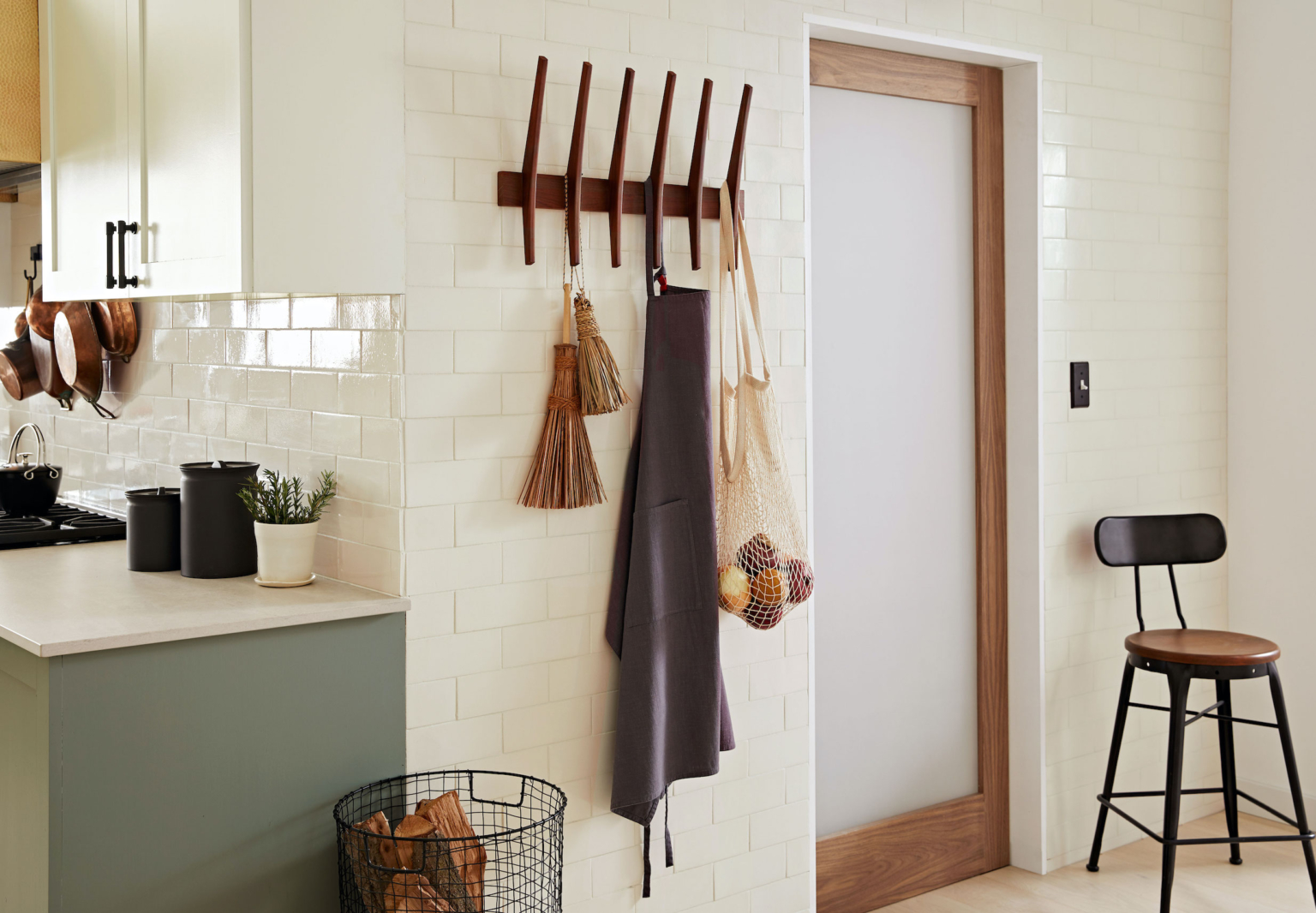 All in the Details 6 Key Tips for an Efficient WellDesigned Kitchen portrait 3