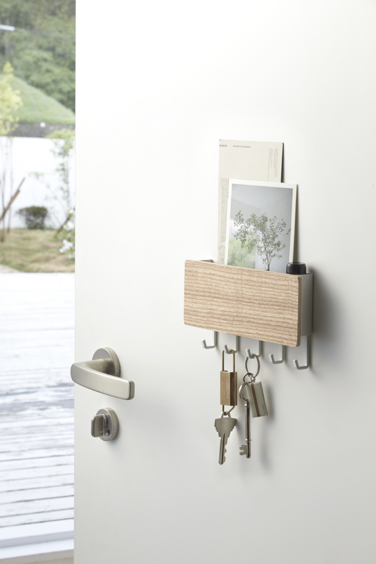 above: never waste time searching for your keys: the rin magnetic key rack with 14