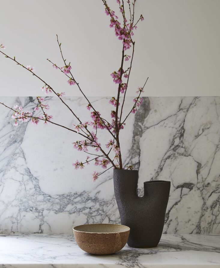 Kitchen of the Week In Connecticut a Japanese and MediterraneanInspired Room The striking vase is by Nur Ceramics; the ramen bowl by Kati von Lehman.