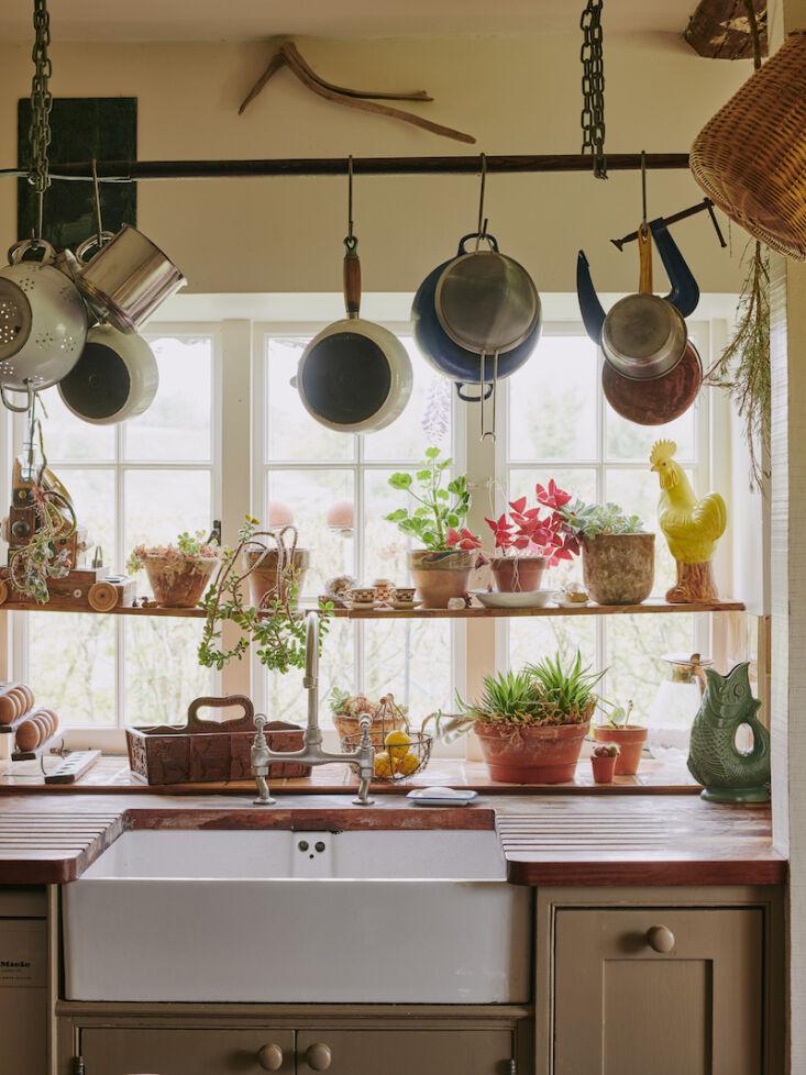 max rollitt kitchen window