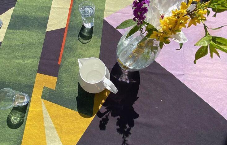colour squatters tablecloth 12