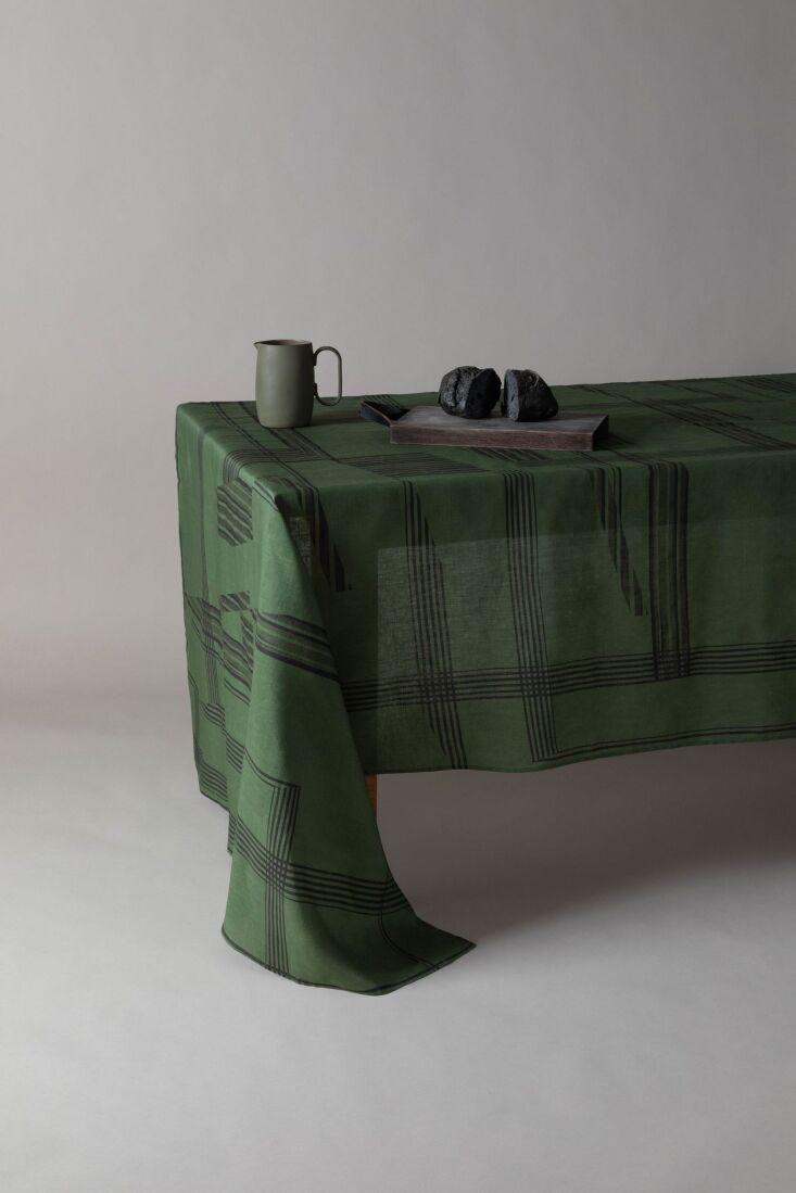 colour squatters tablecloth 4