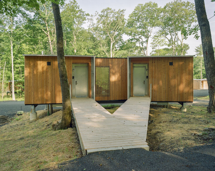 the cabins range from 375 to 975 square feet. as cars aren&#8\2\17;t allowe 13
