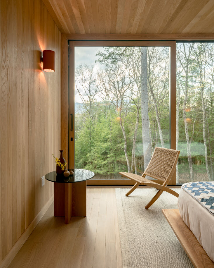 a room with a view from this week&#8\2\17;s piaule catskill: a new 'lands 9