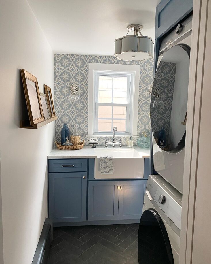 """above: """"i tend to keep spaces pretty neutral, but i feel like small spaces ar 10"""