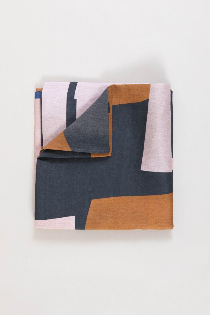 colour settings tablecloth 10