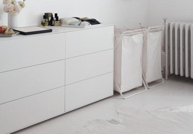 yamazaki laundry hamper in situ