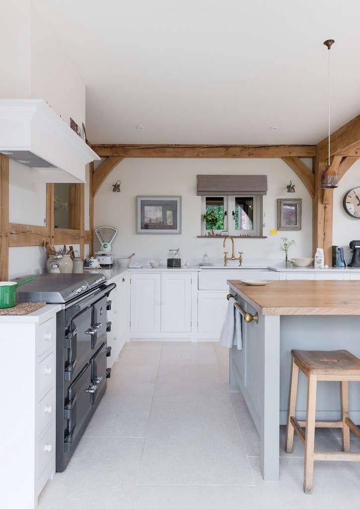 farmhouse sink and british hardware 9