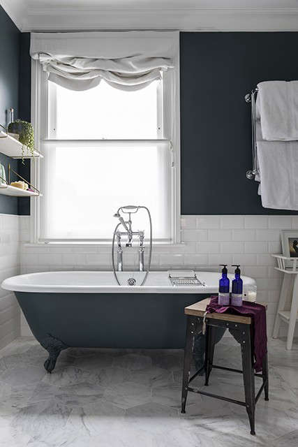 rolltop bath in fulham house 9