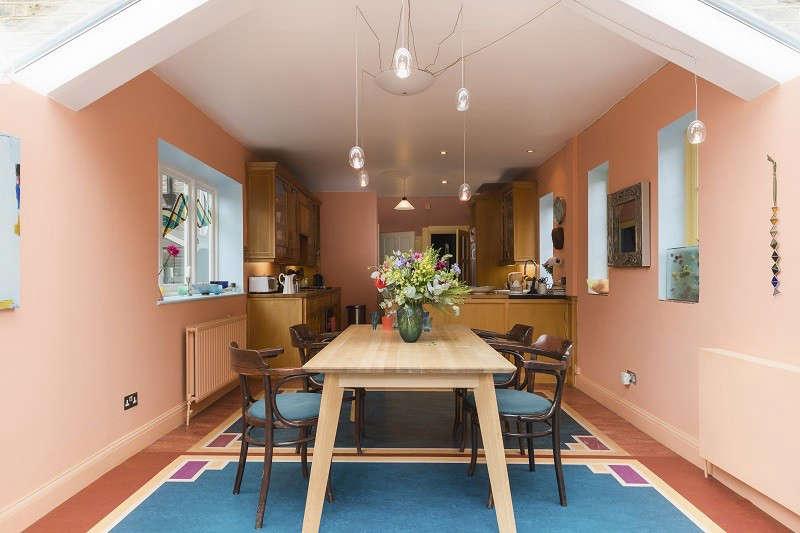 view towards the kitchen 12