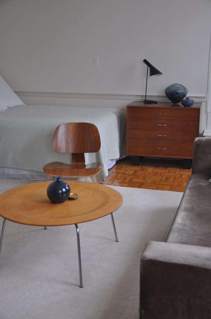 Apartment 3R Blue Ceramics