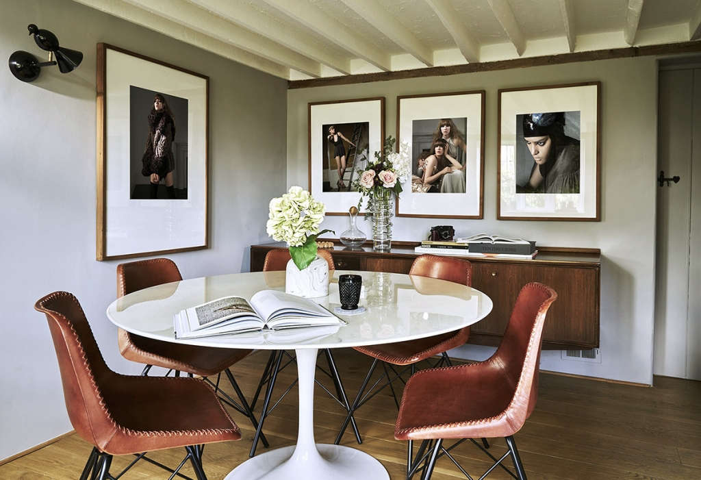 thatched cottage dining room 01 9