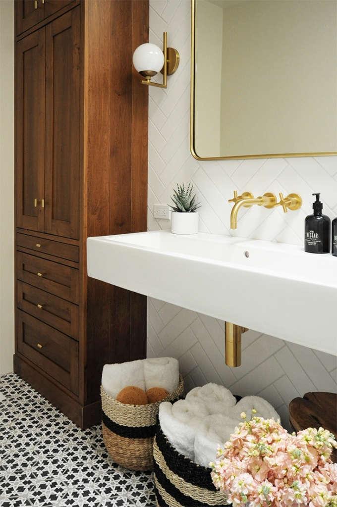 bright + modern santa fe bathroom 2   built design collective 10